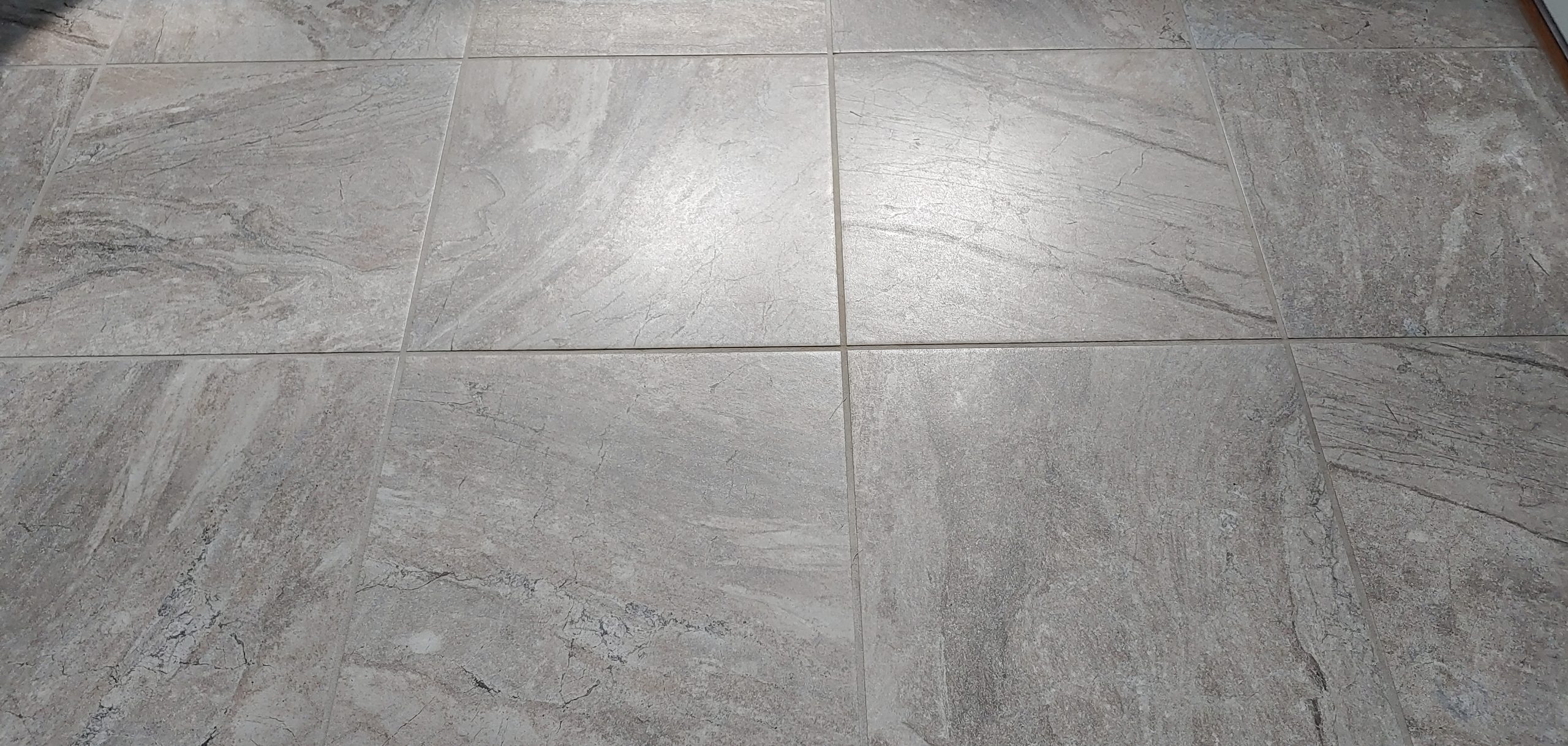 Professional_Surface_Restoration_Tile_and_Grout_Cleaning_Toledo_OH